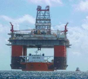 Heavy-lift vessel