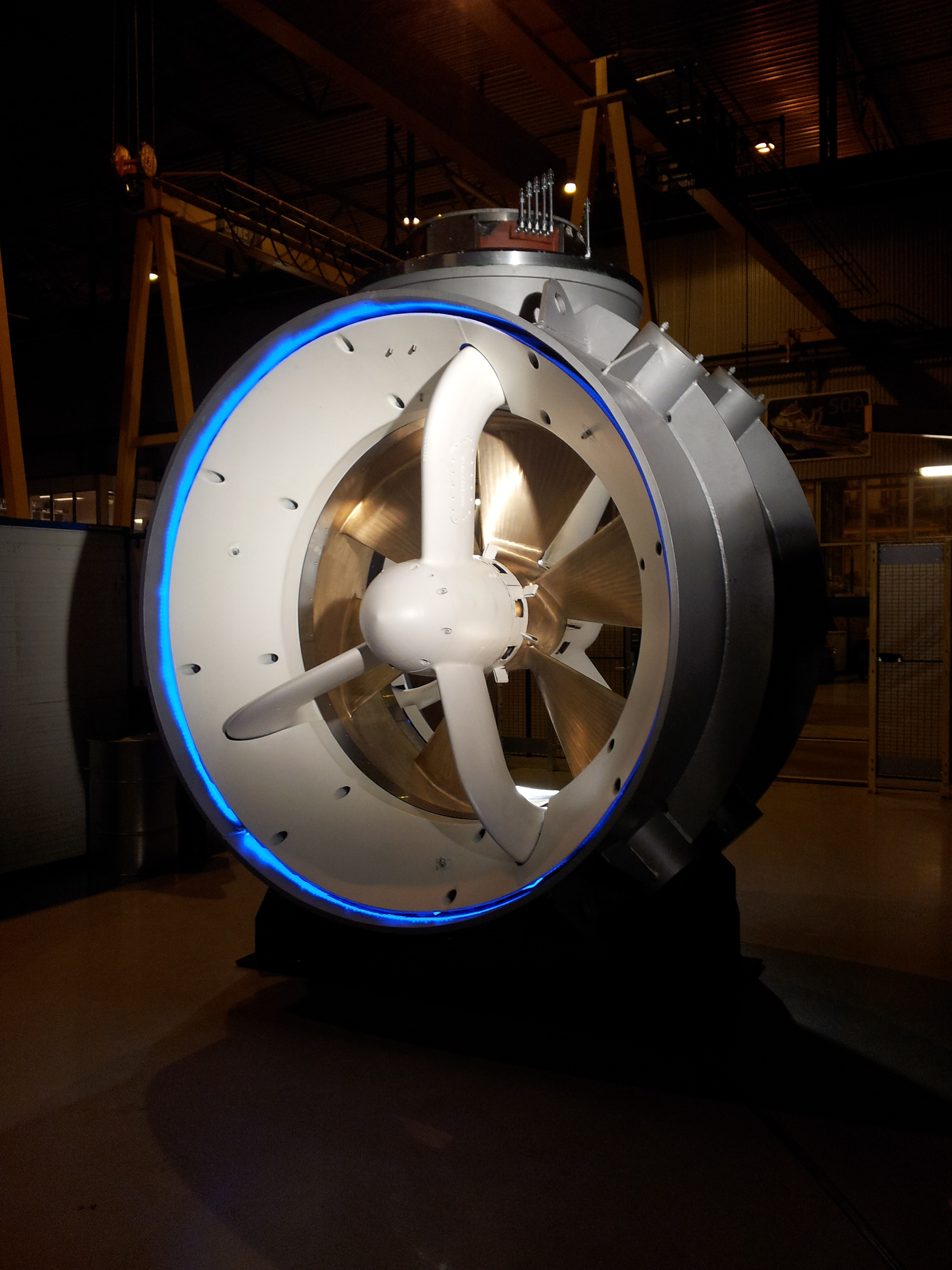 Rolls-Royce Permanent Magnet Tunnel Thruster – Officer of ...