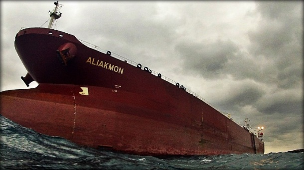 Oil Tanker Grounding due to Strong Winds at Syros, Greece Figure 1